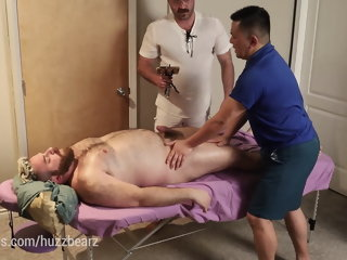Bear Massage with Fucking