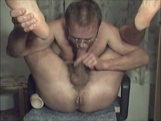 HARRI LEHTINEN DILDOFUCKING SELFSUCKING AND PLAYING WITH HIMSELF TO CUM!